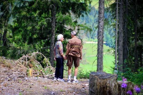 adults-adventure-couple-1307391.jpg
